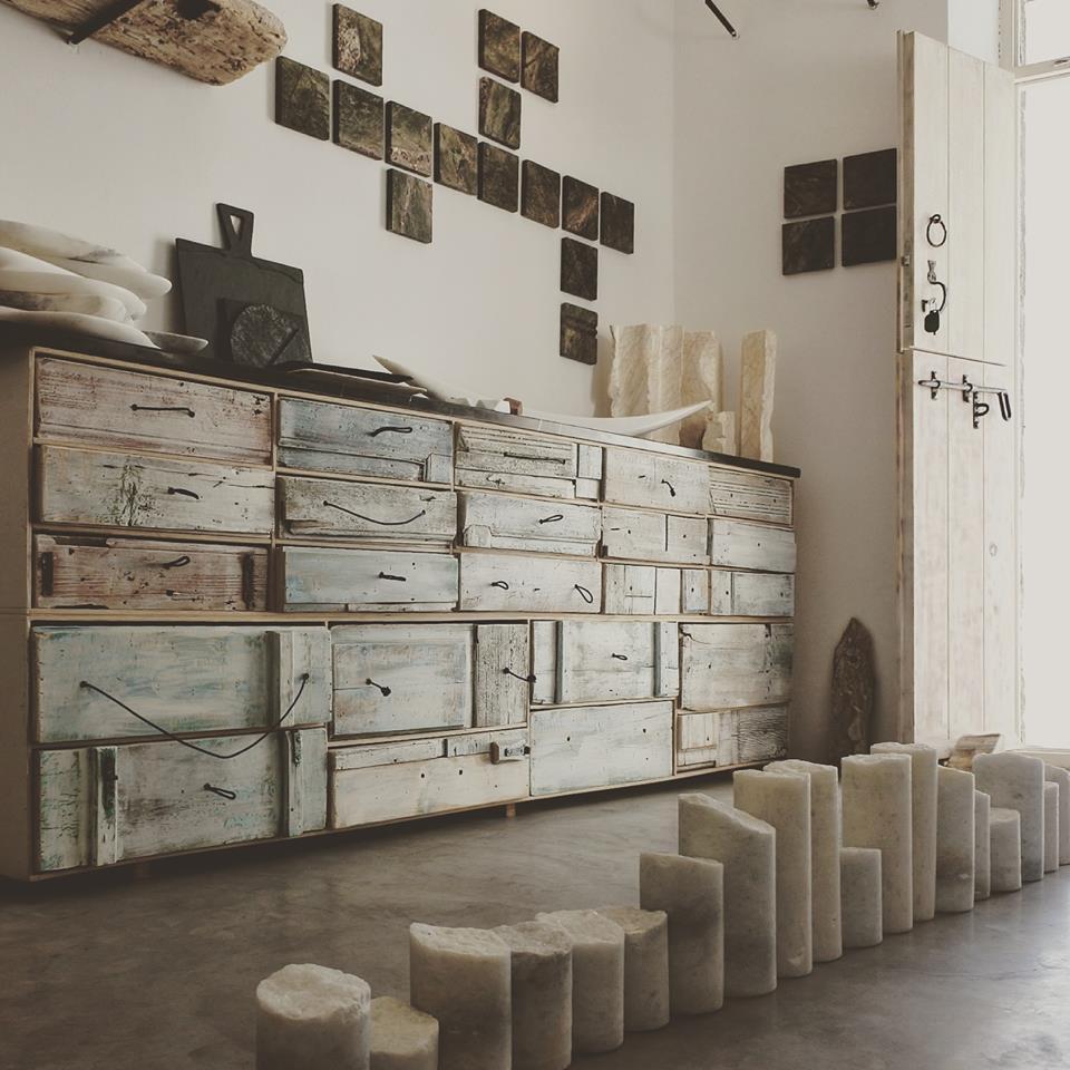 Spira Marble Art Gallery à Pyrgos, Santorin