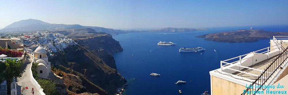 2f30b6c9baf5 Que faire à Fira sur l île de Santorin   - Les Voyages Du Parisien ...