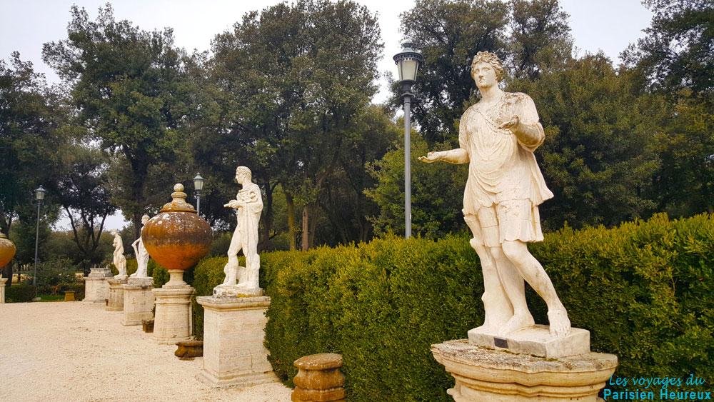 Statues des jardins de la Villa Borghèse