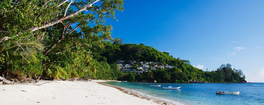 Ma baie Lazare aux Seychelles