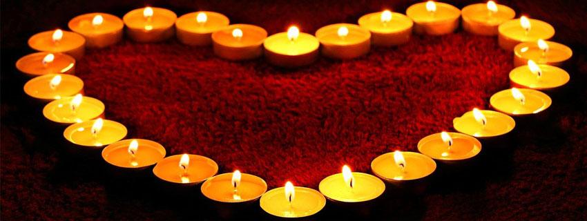 Coeur avec des bougies